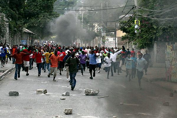 Haiti rioting